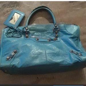 Additional photos if the balanciaga bag for sale !